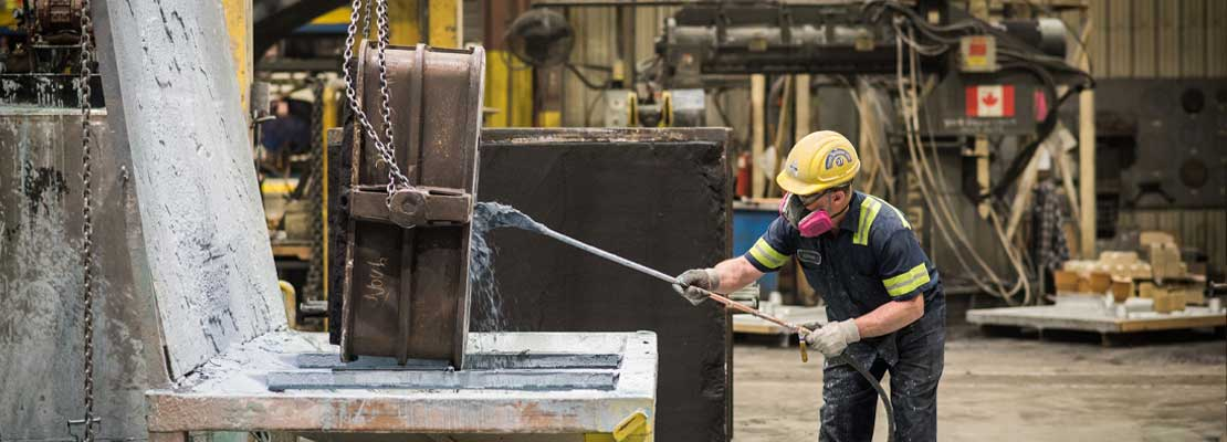 Customizing a casting by adding a flow coating to prevent pour defects.
