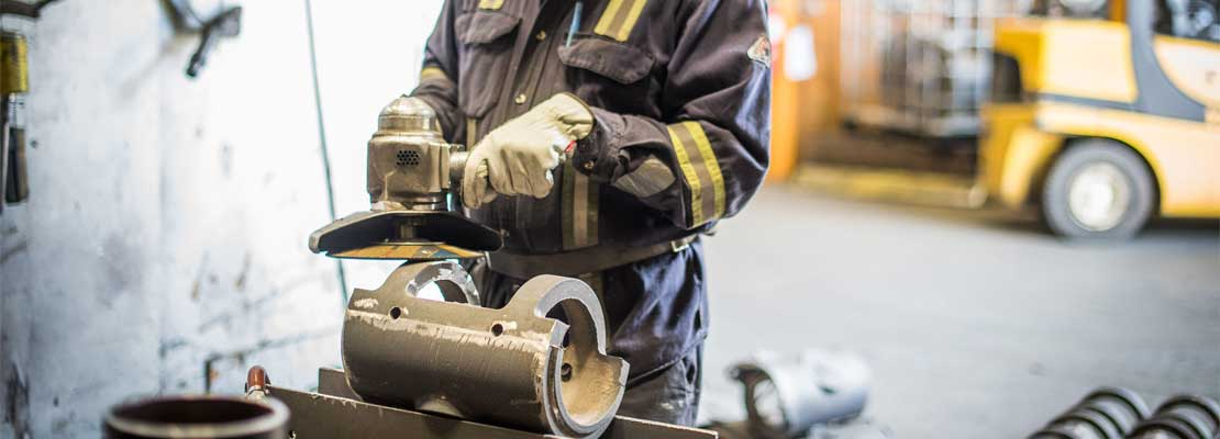 Grinding a chrome white iron wear part for the Oil Sands.